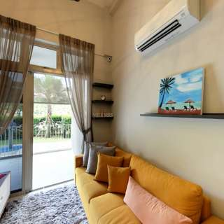 Freehold 2 Bedroom+Study (2 Bathrooms) Condo For Sale