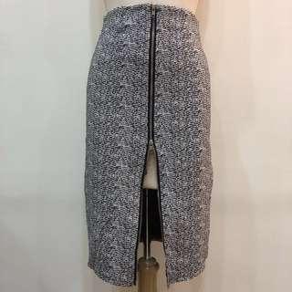 🚚 長窄裙毛尼拉鍊設計L號一件