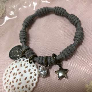 Handmade 貝殼 橡筋手繩 (包平郵)