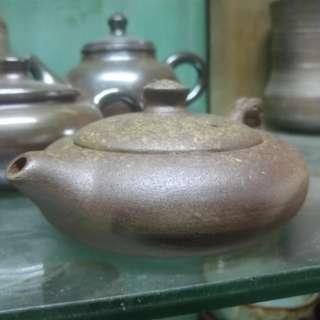 🚚 穀雨陶坊的柴燒壺