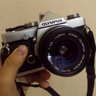 OLYMPUS OM-1 MD with Zuiko OM 35mm f/2.8