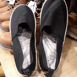 Sepatu Casual H&M 1000& Original