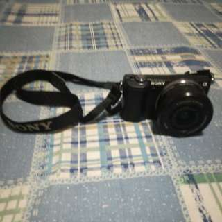 SONY a5000 ILCE-5000L kit 16-50MM - BLACK