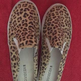 *Repriced H&M leopard slip on