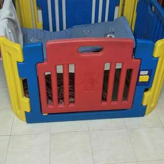 Haenim 4 Panel Playard