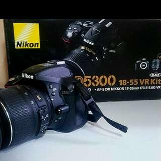 Nikon 5300 24 Megapixel DSLR Camera