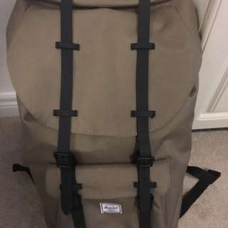 Tan- green Hershel backpack