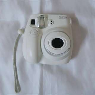 Refer description for its condition>>> Fujifilm Instax Mini 7s