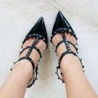 Valentino Rockstud漆皮跟鞋 36