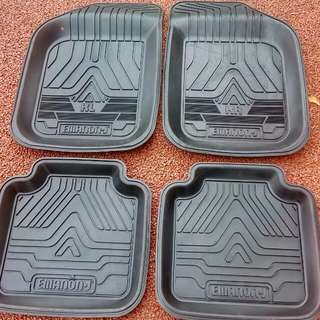 Universal Thick Rubber Mat