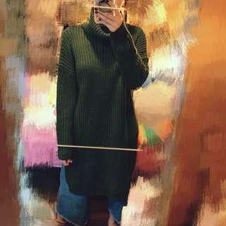 🚚 韓系森林綠粗針織高領側開叉毛衣