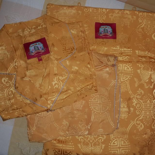 上海灘(香港)皇帝黃色8吉祥花紋滾邊絲質睡衣褲裝(已絕版)