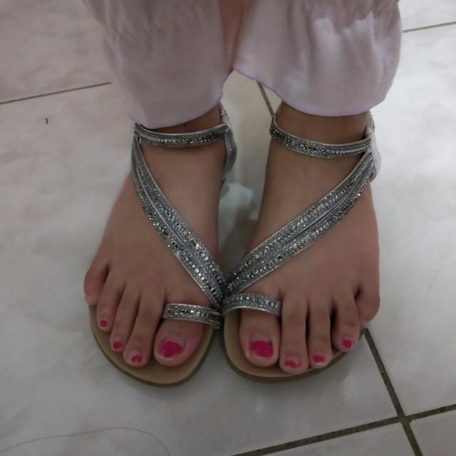 銀鑽涼鞋 底超軟
