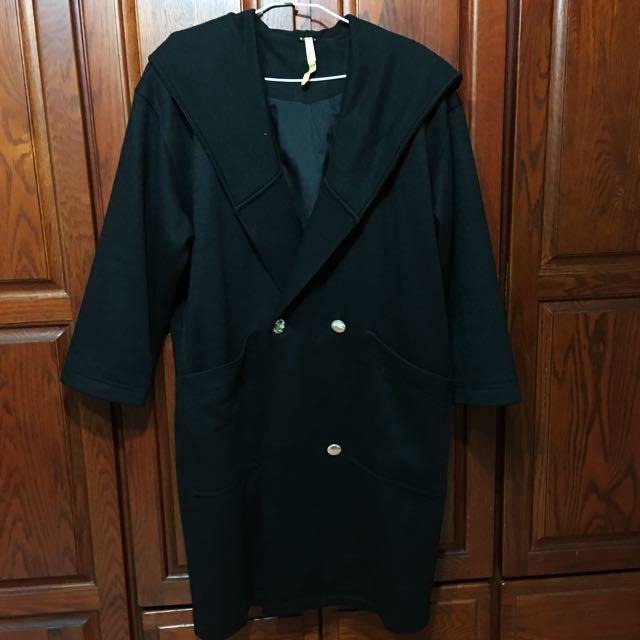 黑色連帽厚大衣 #四百不著涼