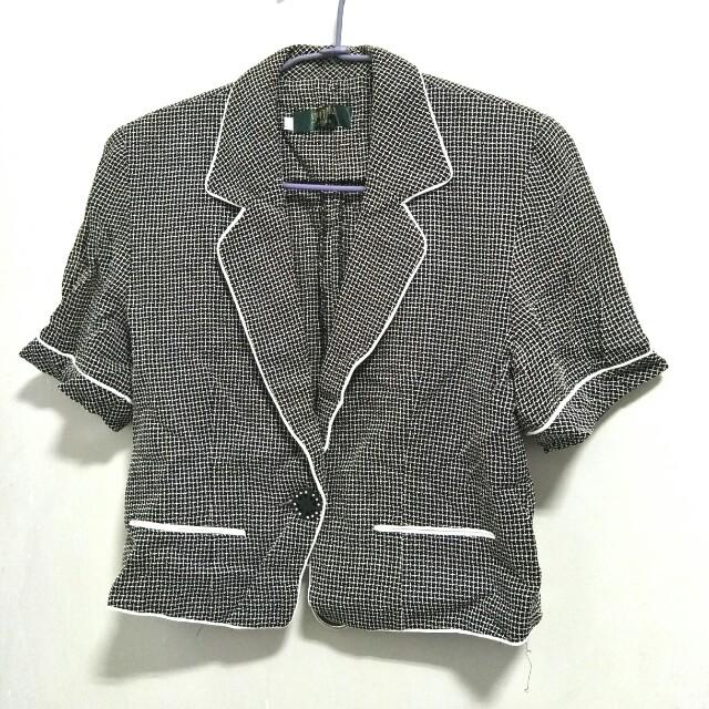 #好物任你換 轉賣 韓版 Yuppie Ladies 女士薄款 套裝小外套 尺碼L 可換物