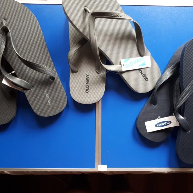 993941ec07a6 💯 Authentic BNEW Old Navy Flip Flops for Men