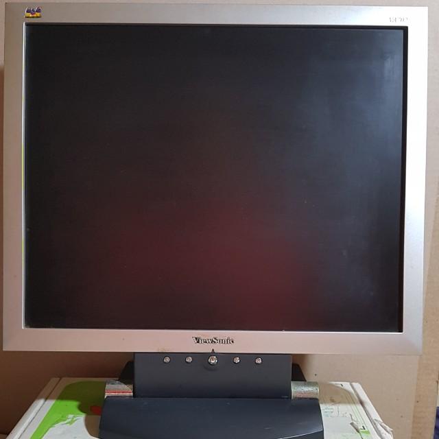 優派 VA702 / 17吋 4:3 液晶螢幕