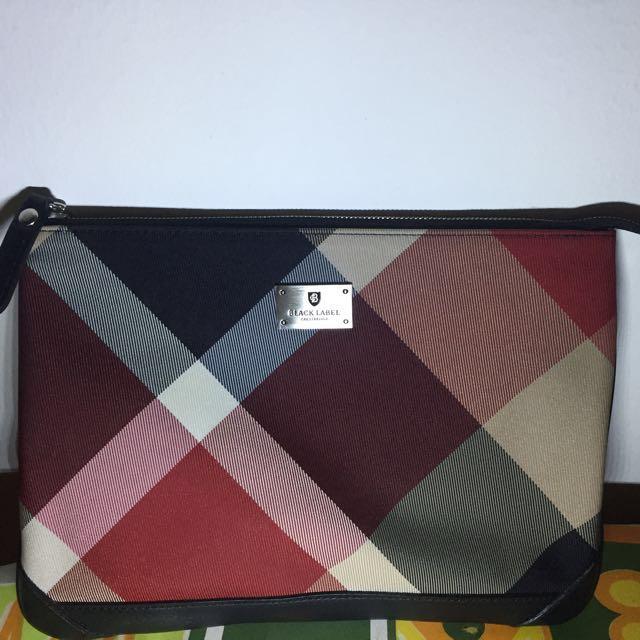 825a48c663cc Authentic Burberry Black Label Crestbridge Clutch Bag