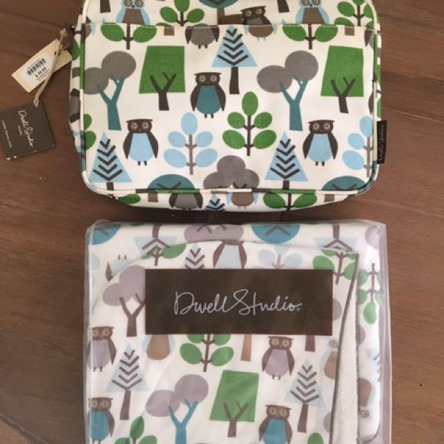 Baby Pack - Travel Pack & Hooded Towel