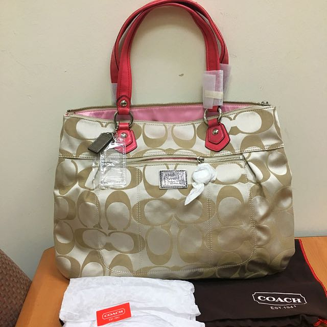 Brand New Coach Poppy Signature Sateen Glam - Khaki, Luxury, Bags & Wallets on Carousell