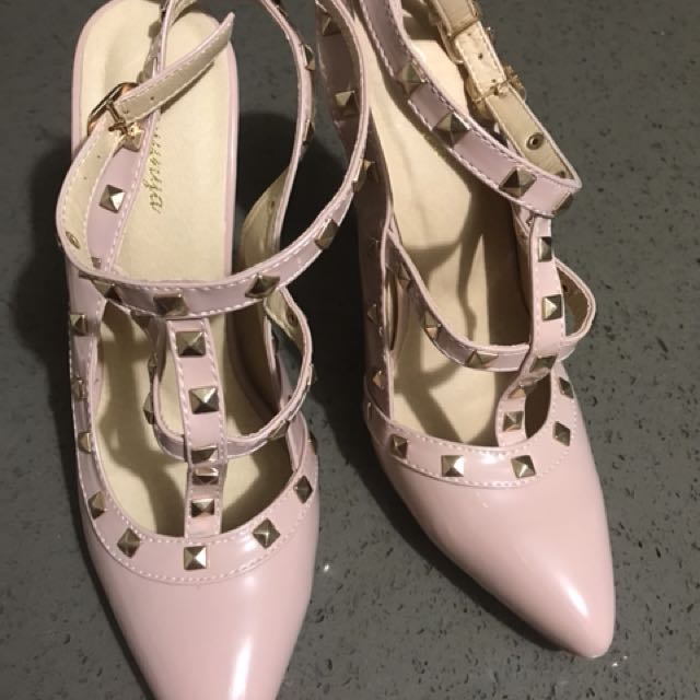 Brand new heels without box size 39 au 8