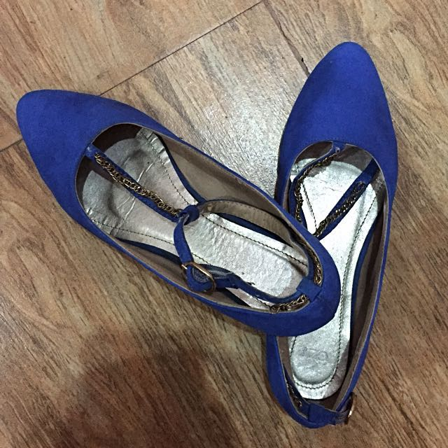 a35b3a231f48d CLN Blue Flat or Doll Shoes