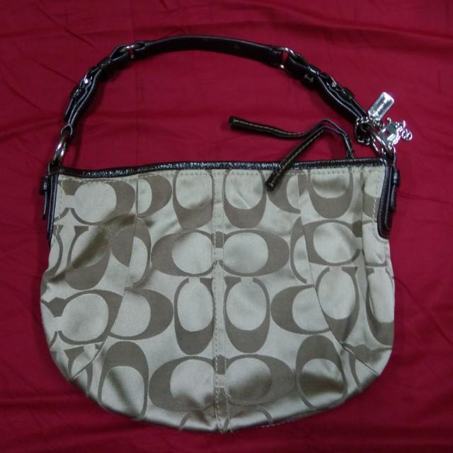 Coach Hobo Signature Handbag