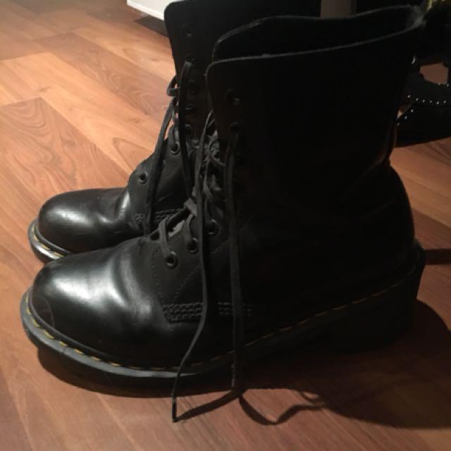 Doc martens - with heel
