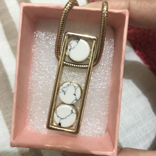Gold plated Marble necklace