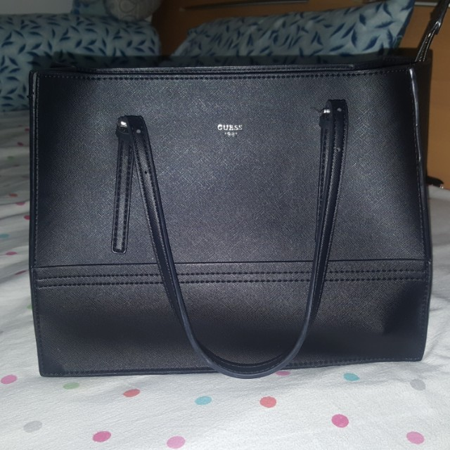 Guess Delaney Medium Black bag with dustbag