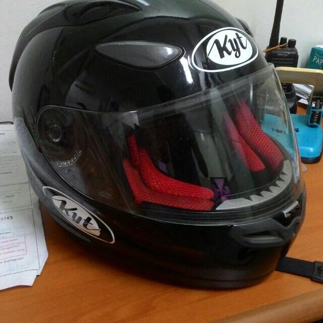 Helm Kyt Fullface Size L Motor Di Carousell