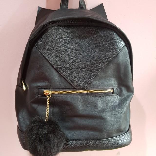 H&M Black Backpack Cat Ear With Fur Pom Pom Tas Ransel Nett Price, Barang Baru Harga Preloved