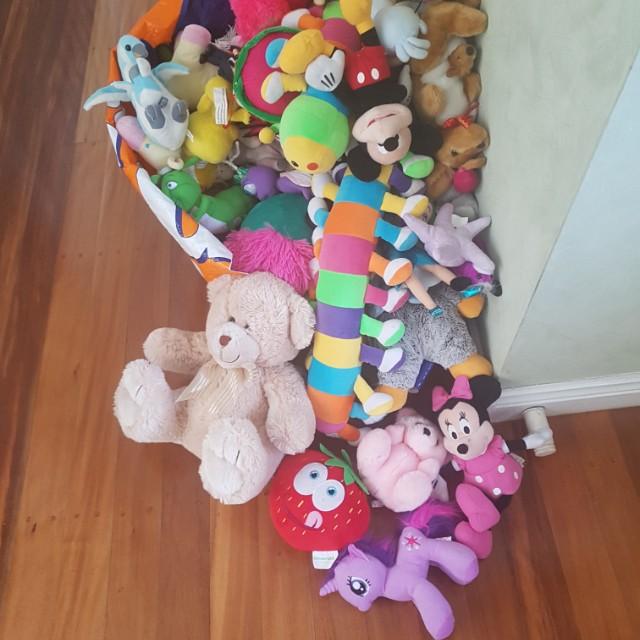 huge bag of soft toys