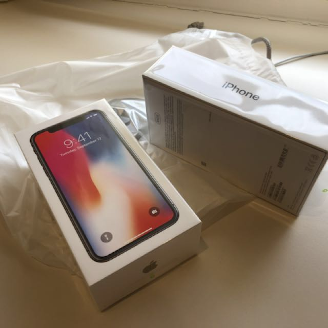 iPhone X 64 space grey and 256gb