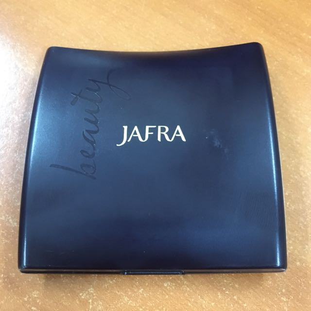 Jafra pressed powder