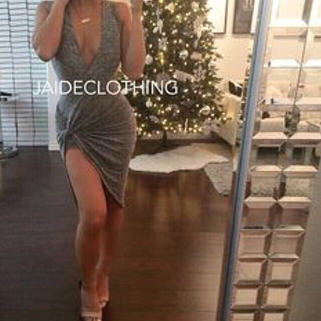 Jaide gray v-neck knot christmas new years dress size s