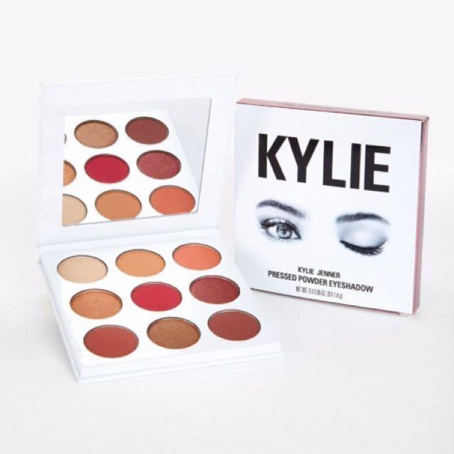 Kylie Jenner Burgundy Eyeshadow palette BRAND NEW