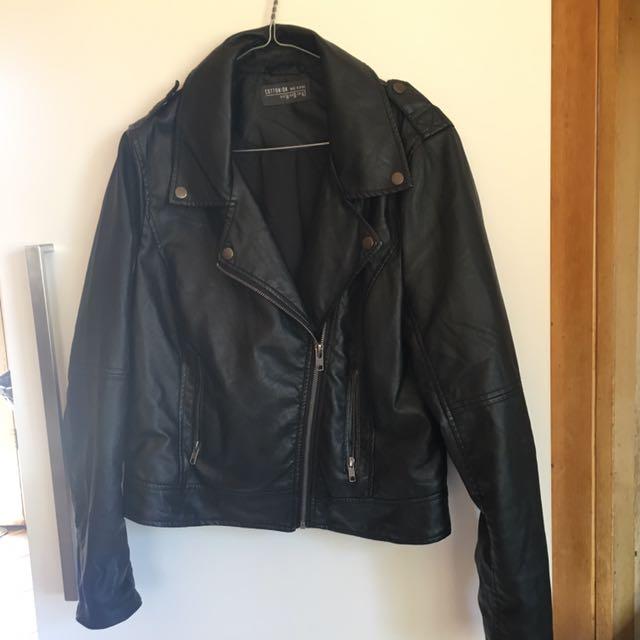 Ladies leather style jacket