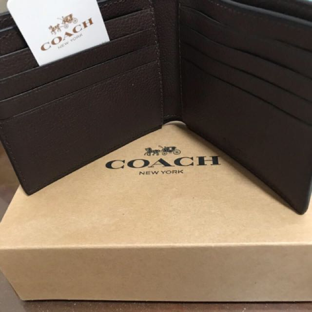 Man coach wallet