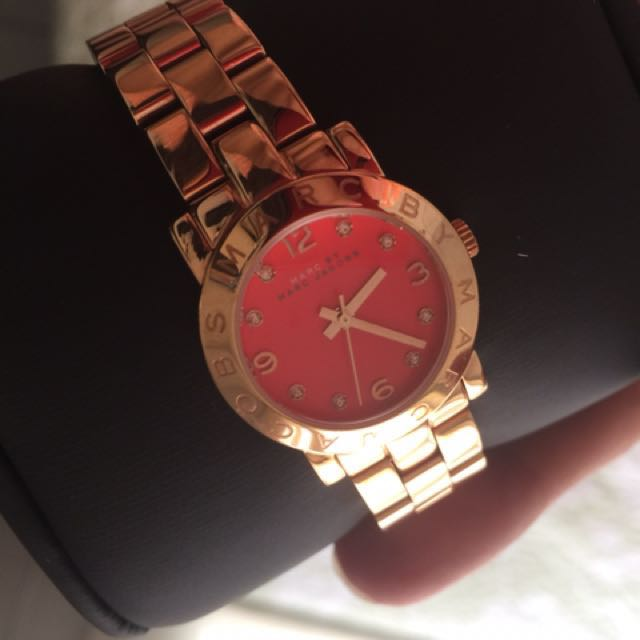 marc jacob rosegold watch ( authentic)
