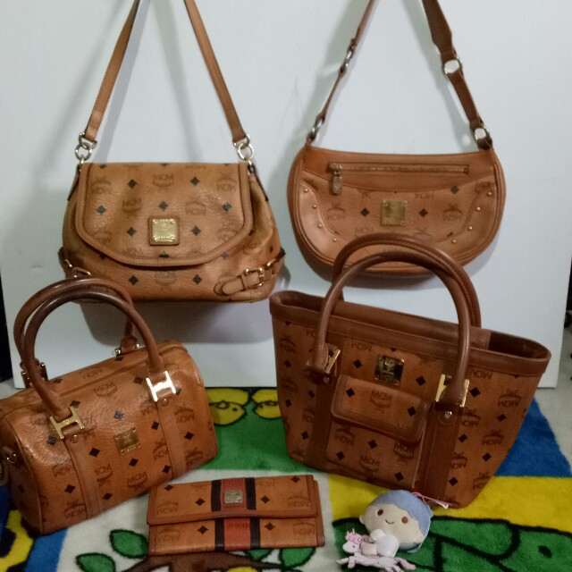 MCM BAGS AND WALLET