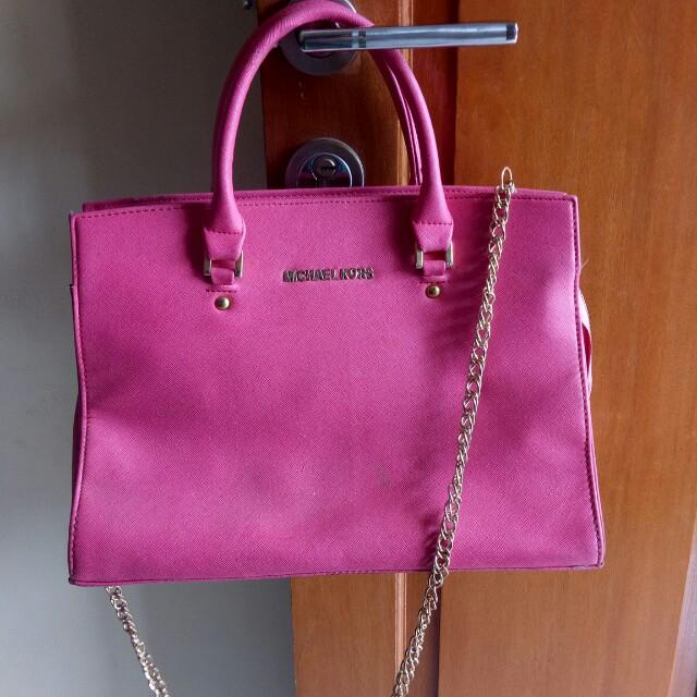 MK pink