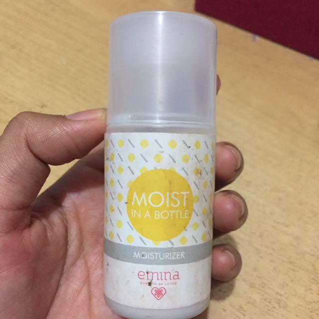 moist in a bottle emina moisturizer