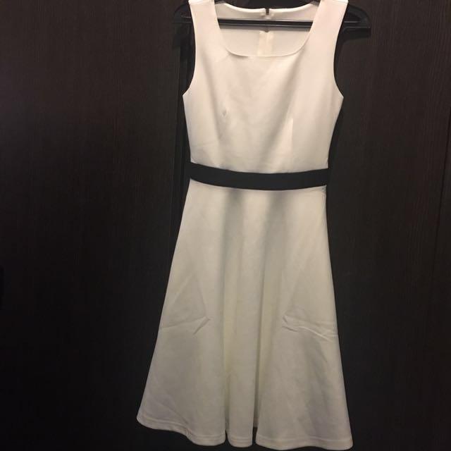 New black and white dress