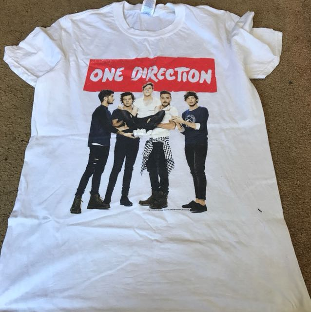 One Direction concert top