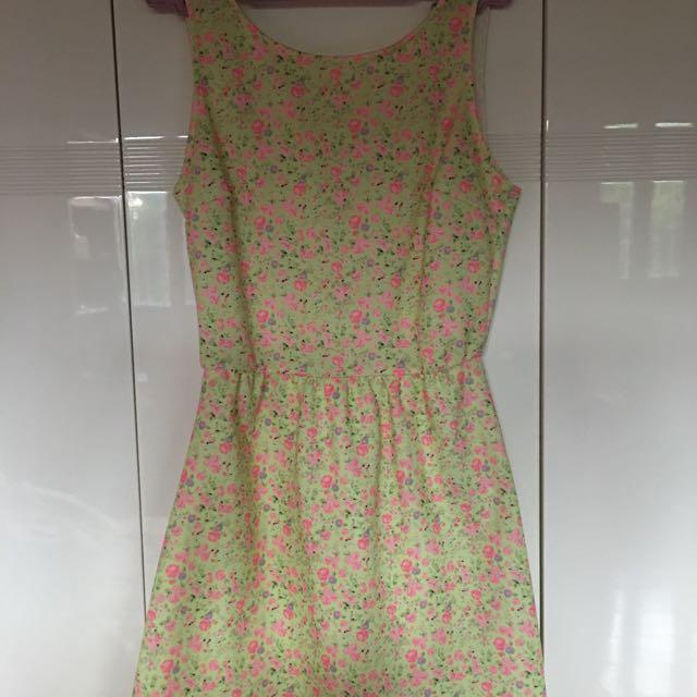 Preloved Bershka Floral Dress