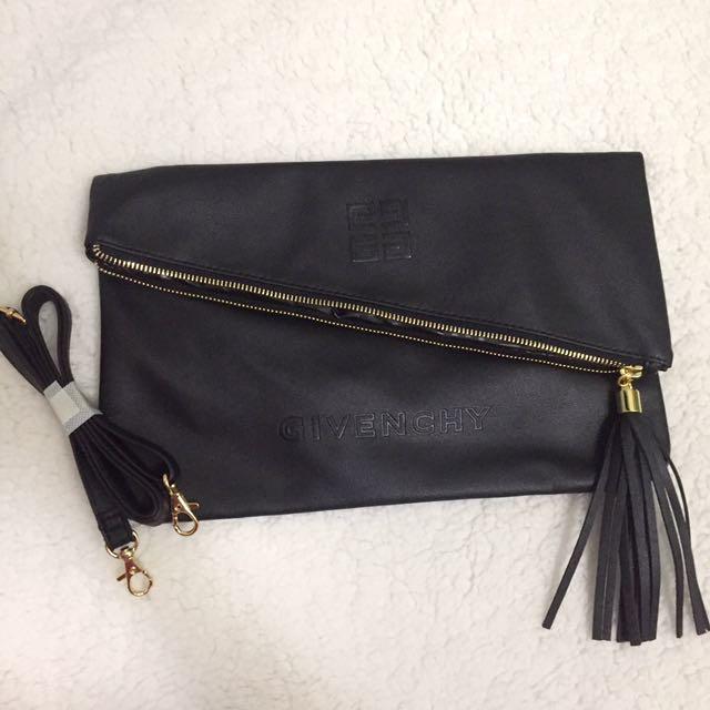 PREORDER Givenchy VIP Sling Bag