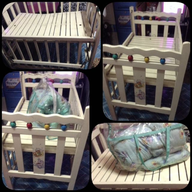 ‼️REPRICED‼️Wooden Crib with Comforter