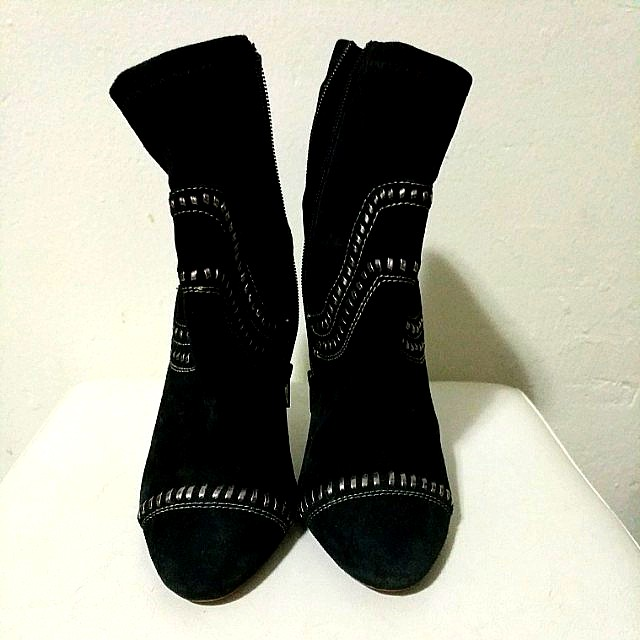 SIREN Ankle Boots