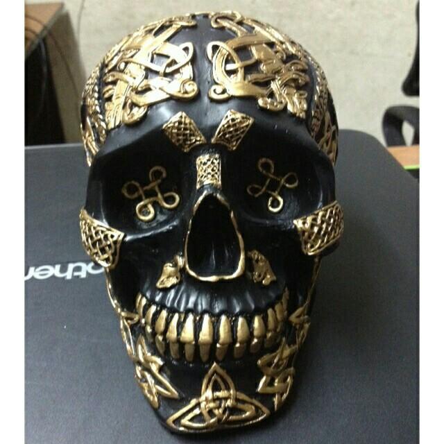 Skulls home decor